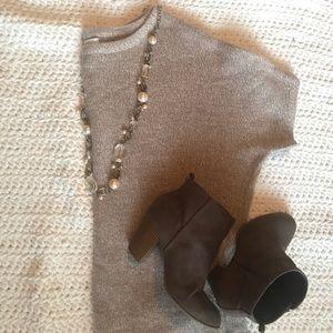 New York & co tan lightweight short sleeve sweater